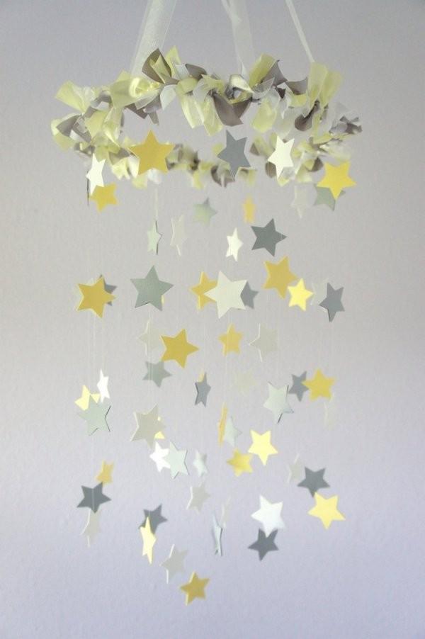 Baby Mobile Selber Basteln Aus Papier  Ideen Und Anleitung von Mobile Selber Basteln Baby Bild