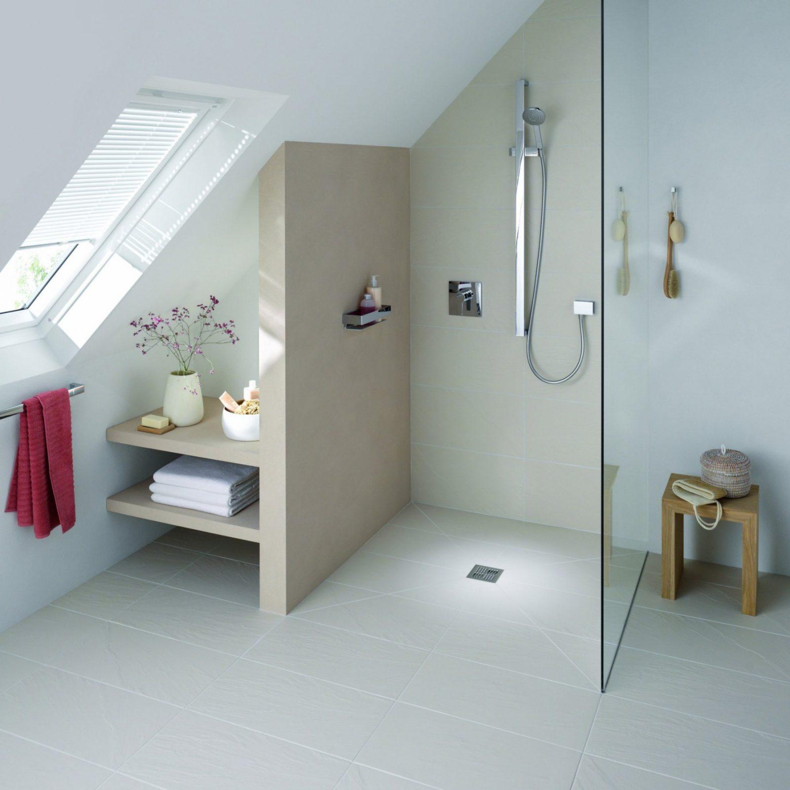 Badewanne Unter Dachschräge — Temobardz Home Blog von Bad Mit Dachschräge Planen Bild