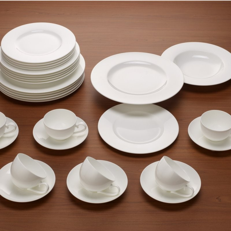 Basic Set 30 Pezzi  Acquistare Online  Manor von Villeroy Boch Royal Basic Photo