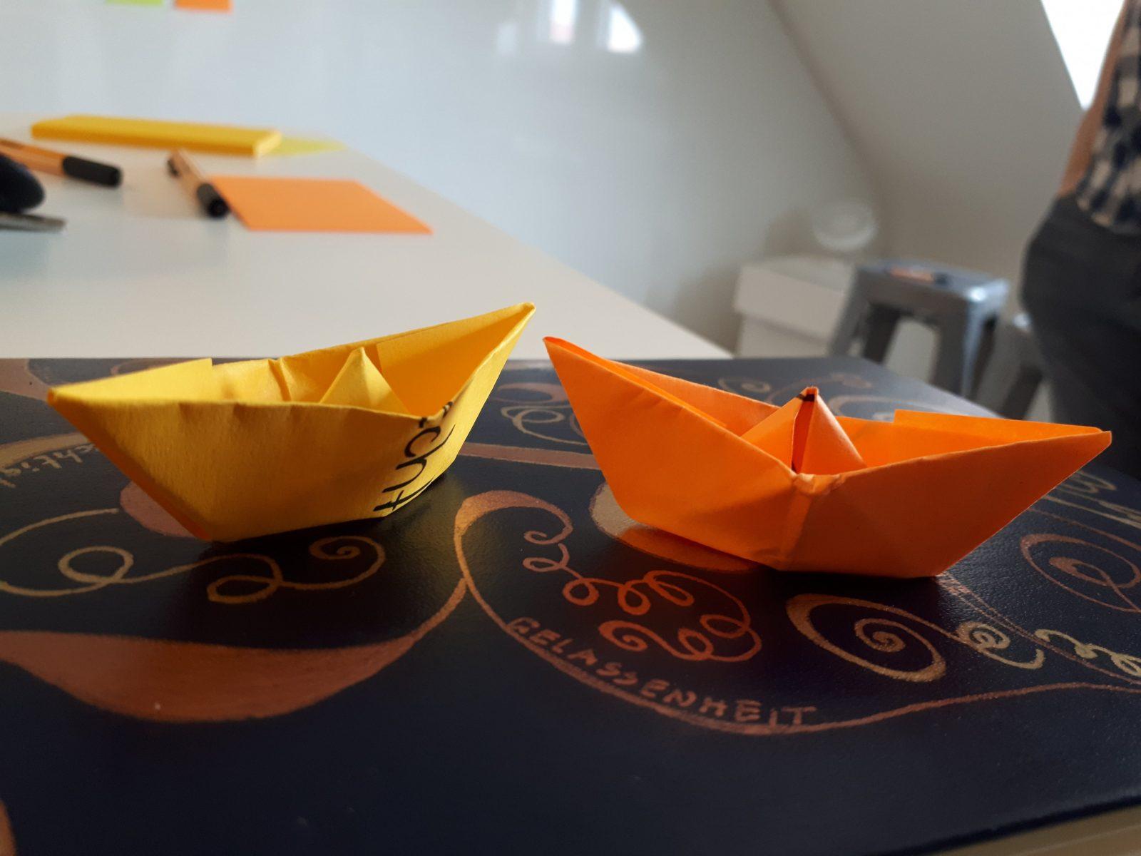 Basteln Mit Kindern Boote Falten – Eine Tüte Glück von Boote Basteln Mit Kindern Photo
