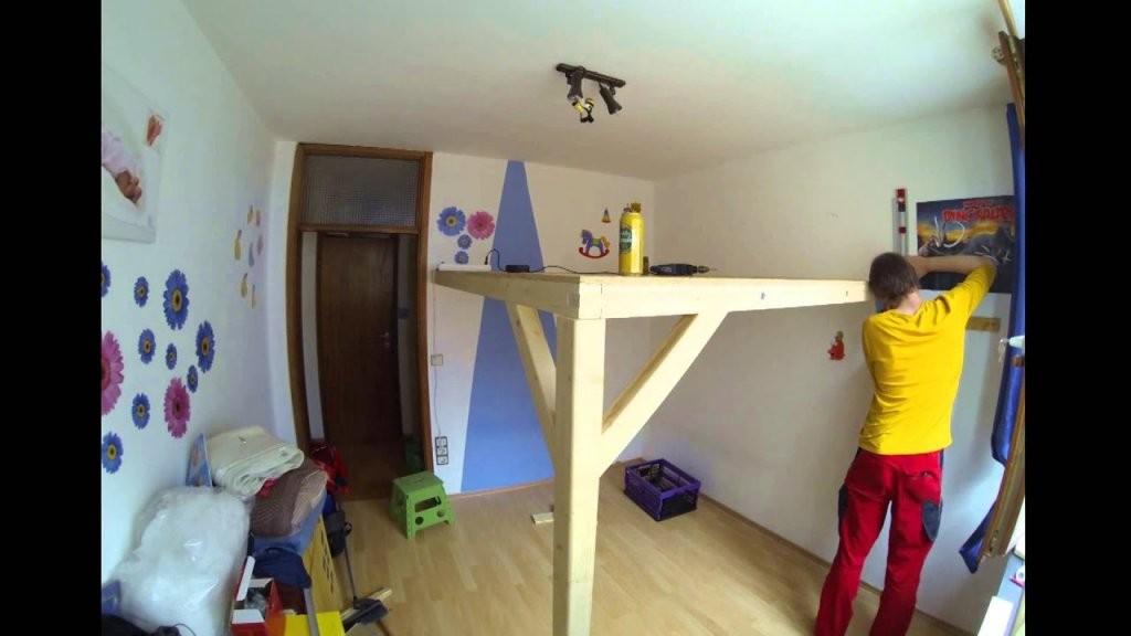 Bau Eines Hochbett Bei Einer Bekannten  Youtube von Hochbett Für Kinder Selber Bauen Bild