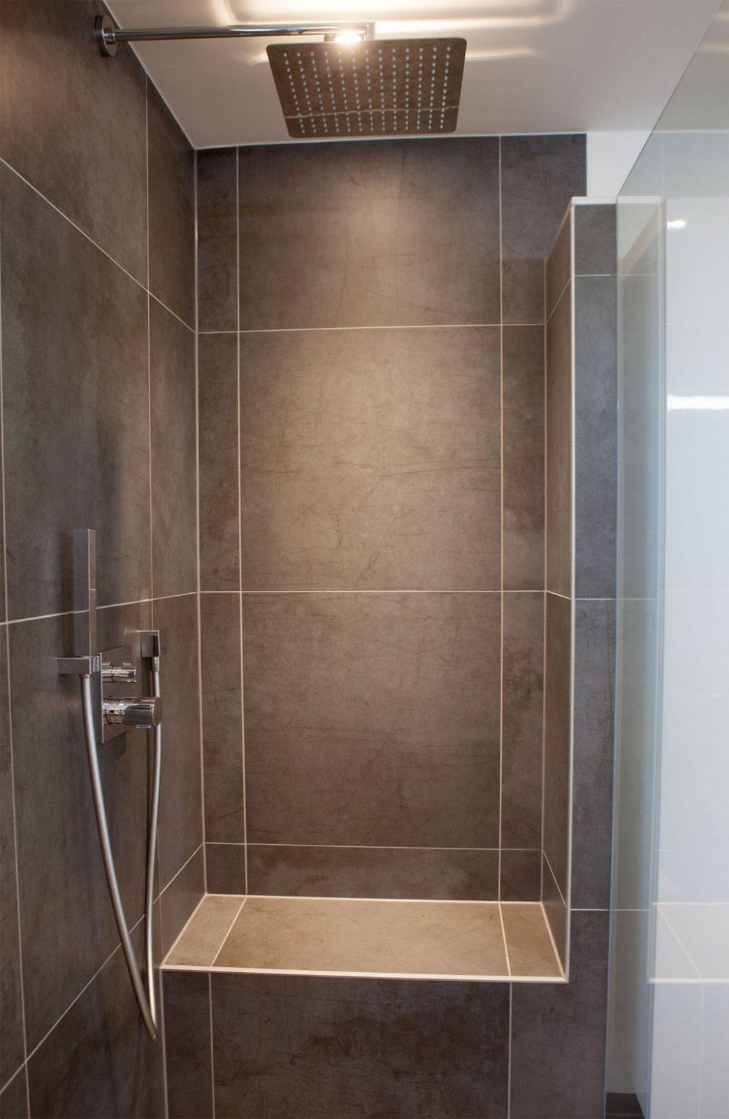 Begehbare Dusche Mit Sitzbank  New House Ideas In 2019  Begehbare von Begehbare Dusche Mit Sitzbank Bild