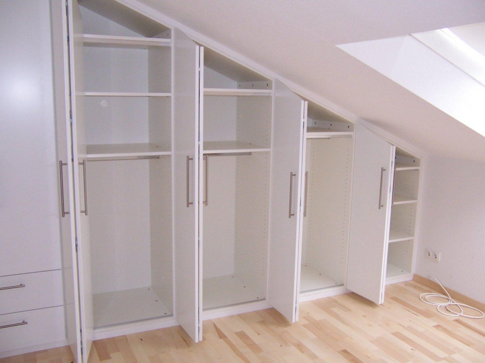 Begehbarer Kleiderschrank Klein Awesome Bilder Kleiner Schrank Weiß von Begehbarer Kleiderschrank Selber Bauen Ikea Photo