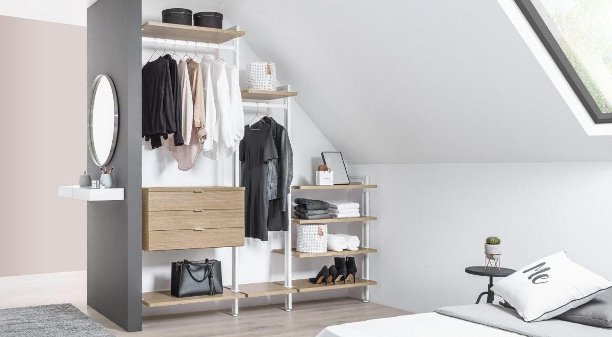 Begehbarer Kleiderschrank  Online Planen + Kaufen  Regalraum von Begehbarer Kleiderschrank Selber Bauen Kosten Photo