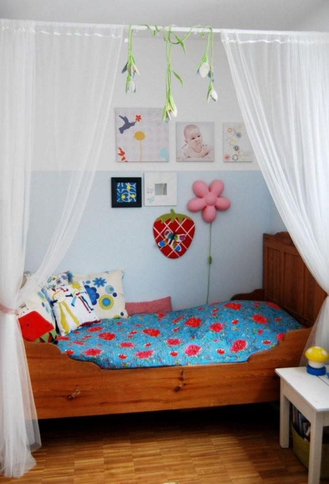 Bett Für Kleine Prinzessinnen  Kinderzimmerlinnéa  Kinderzimmer von Himmelbett Kind Selber Bauen Photo