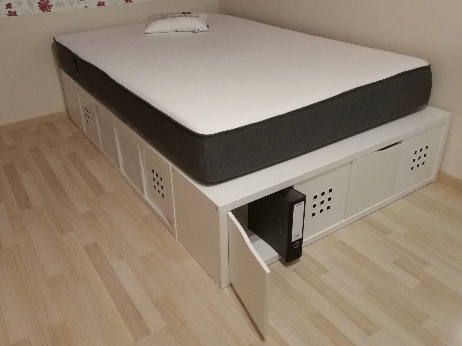 Bett Selber Bauen Mit Ikea Kallax Regalen Ich Habe Eine Anleitung von Bett Aus Ikea Regal Bauen Bild