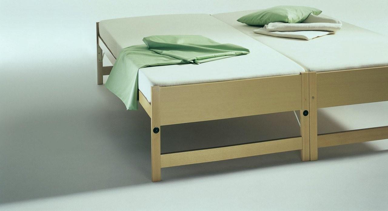 Bett Zum Ausziehen Auf Gleicher Höhe Wunderschönen Zwei Betten von Bett Zum Ausziehen Gleiche Höhe Bild