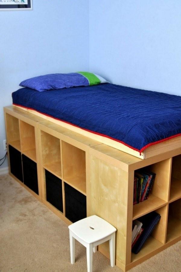 Bettgestell Aus Üblichen Ikea Regalen  Things To Build  Hochbett von Bett Aus Ikea Regal Bauen Photo