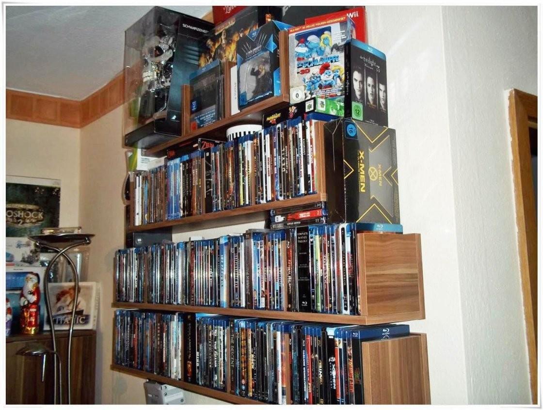 Blu Ray Regal von Blu Ray Regal Beleuchtet Photo