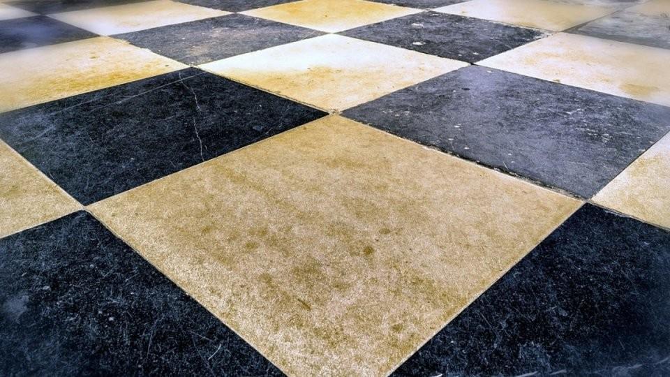 Bodenfliesen Überkleben – Das Sind Die Möglichkeiten  Focus von Kann Man Fußboden Fliesen Streichen Photo