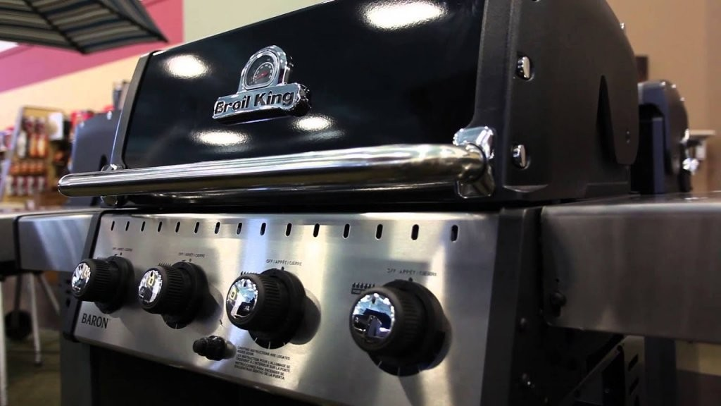 Broil King Baron 440 Propane Barbecue With Side Burner  922164 von Broil King Baron 440 Test Bild