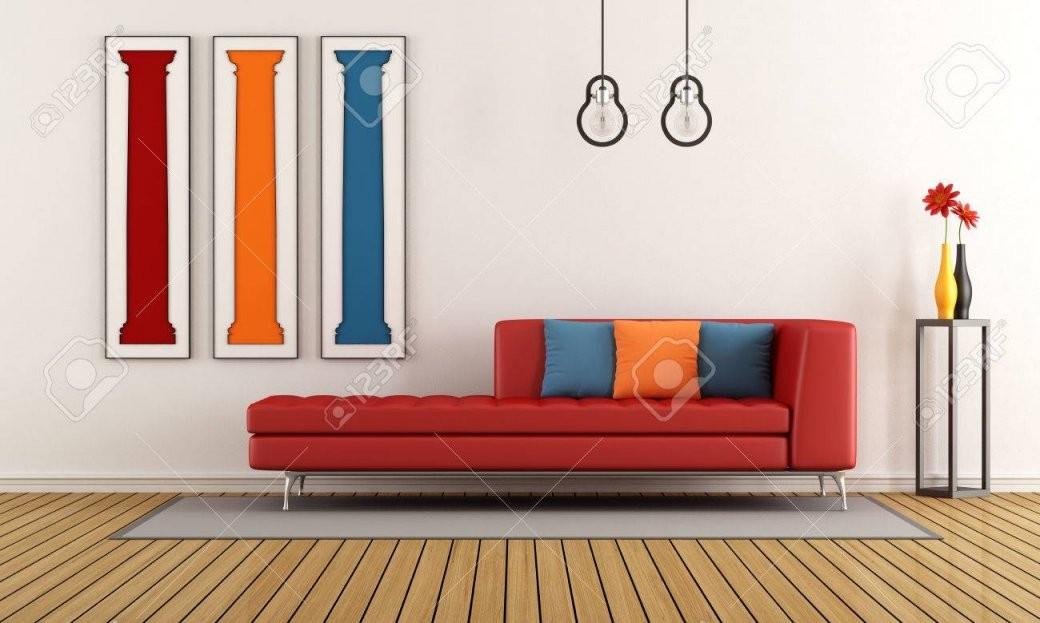 Bunte Wohnzimmer Mit Modernen Sofa Und Form Der Klassischen Säulen von Säule Im Wohnzimmer Gestalten Bild