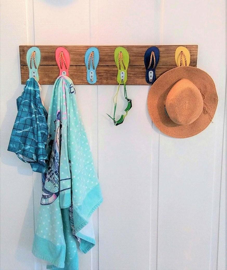 Command Outdoor Hooks On Stucco Mermaid Towel Modern Wall Rack von Beach Themed Towel Hooks Bild
