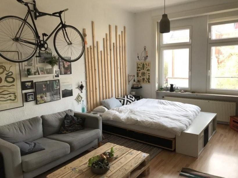 Coole Einrichtungsidee Fürs Wgzimmer Mit Sofa Couchtisch Bett Und von Coole Deko Für Die Wohnung Bild