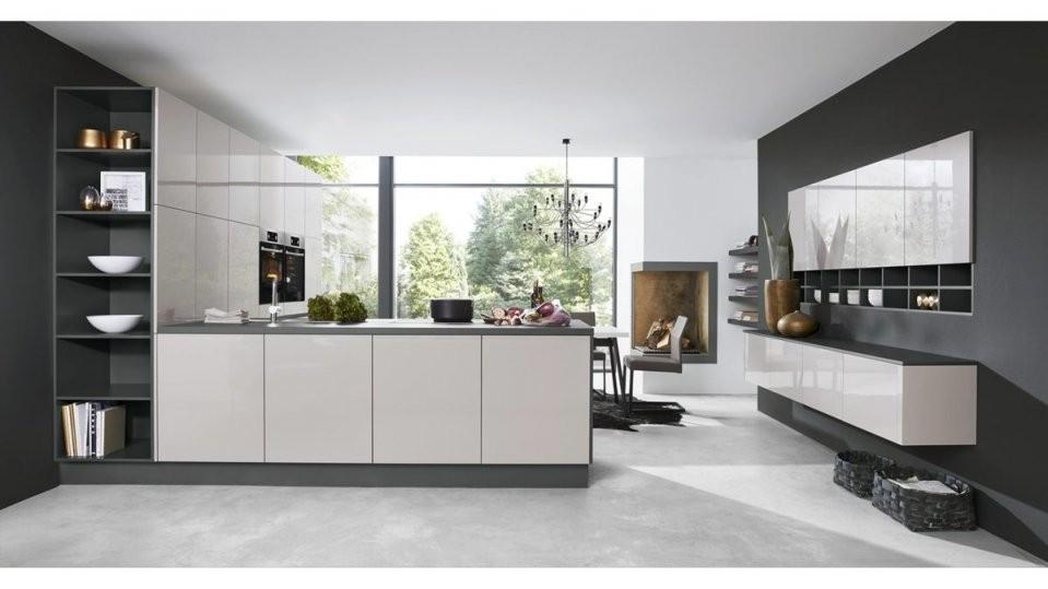 Culineo Küche Mit Aeg Einbaugeräten Seidengraue Fronten  Onyxgraue von Möbel Steffens Lamstedt Küchen Photo