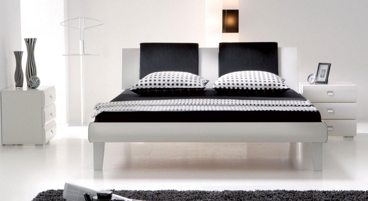 Designerbett In Zb 140X200 Cm Auf Rechnung  Arona von Hochglanz Bett Weiß 140X200 Photo