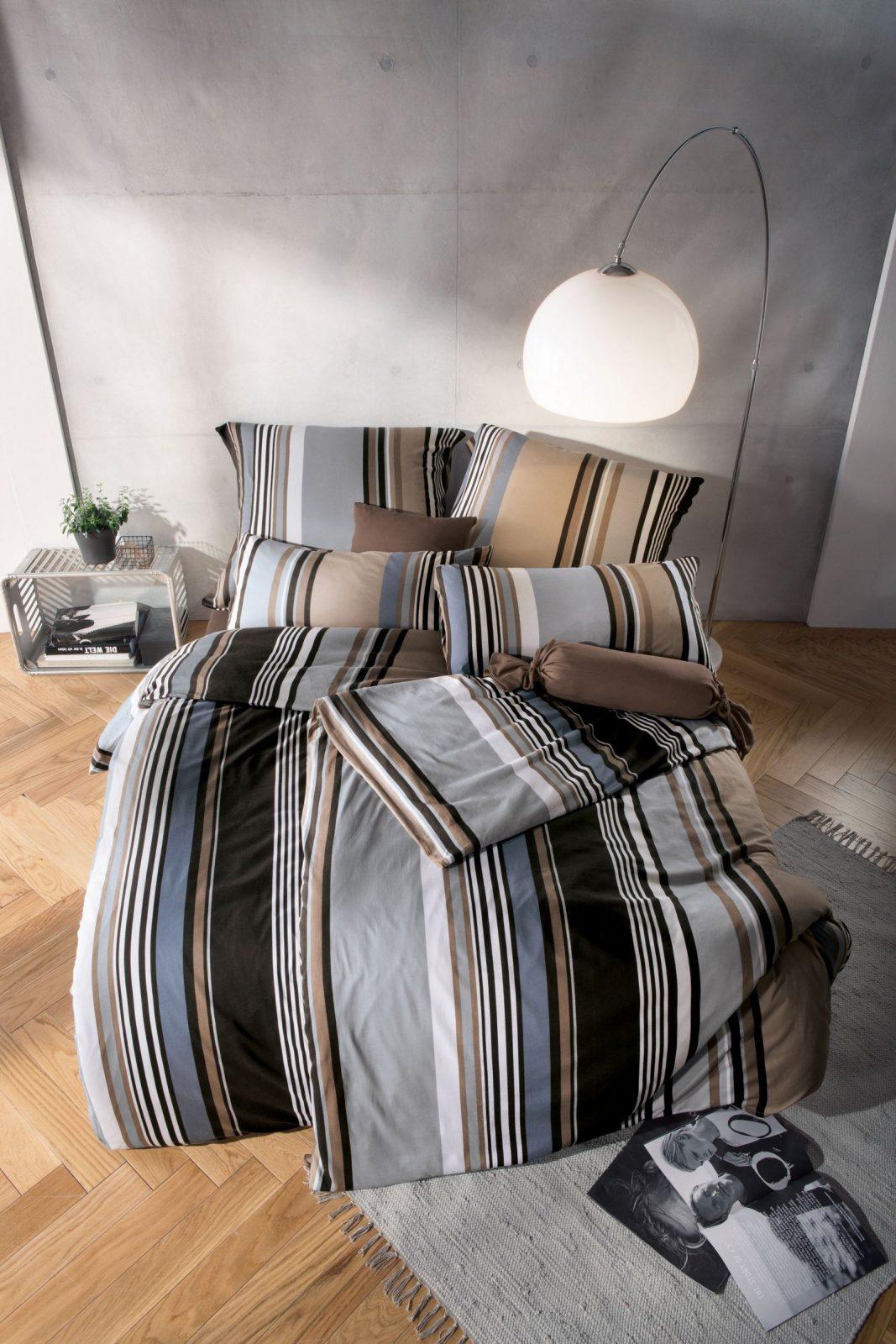 Die Farben Grau Braun Und Blau Wirken Beruhigend Und Sind Daher von Beruhigende Bilder Fürs Schlafzimmer Bild