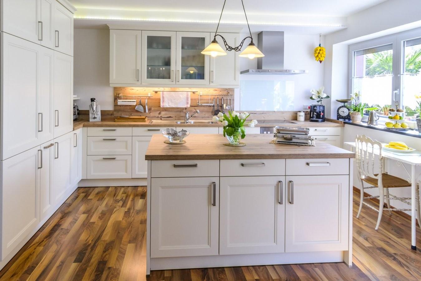 Die Küche Im Landhausstil von Küche Im Landhausstil Gestalten Bild