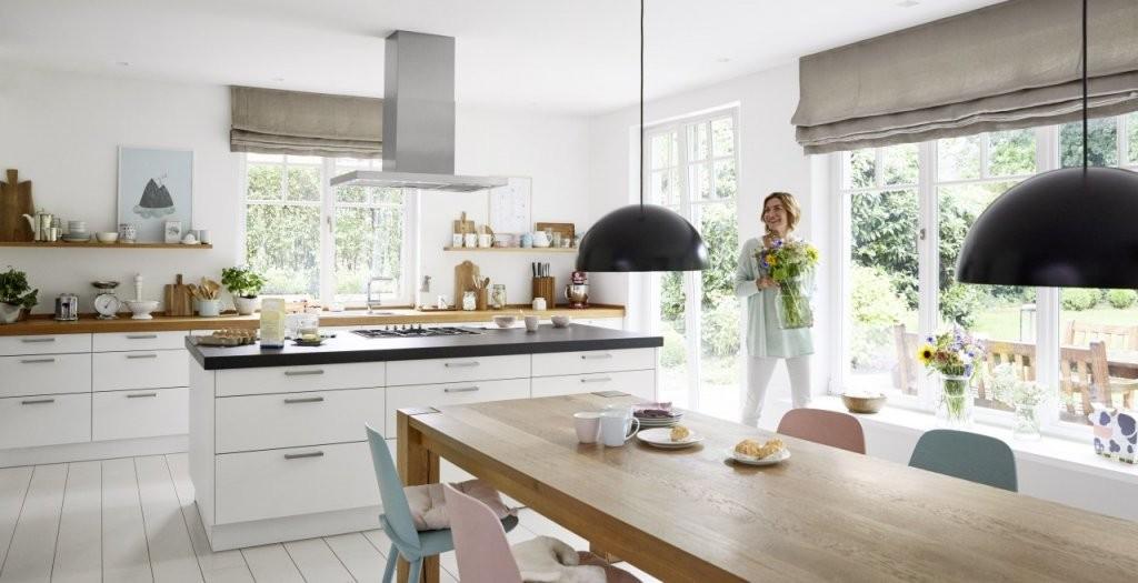 Die Moderne Landhausküche Als Behaglicher Wohnmittelpunkt  Blanco von Küche Im Landhausstil Gestalten Bild