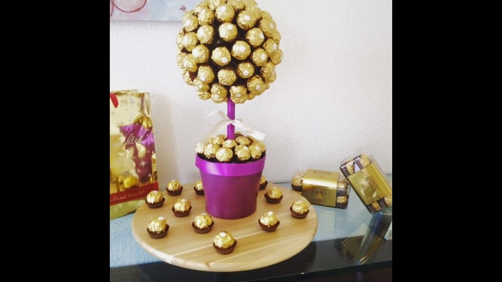 Diy Ferrero Rocher Strauß Ganz Einfach Und Eindrucksvoll Zum Selber von Rocher Baum Basteln Anleitung Bild