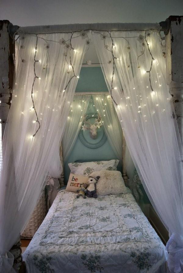 Diy Ideen Wie Sie Einen Baldachin Im Kinderzimmer Selber Machen von Himmelbett Vorhang Selber Machen Bild