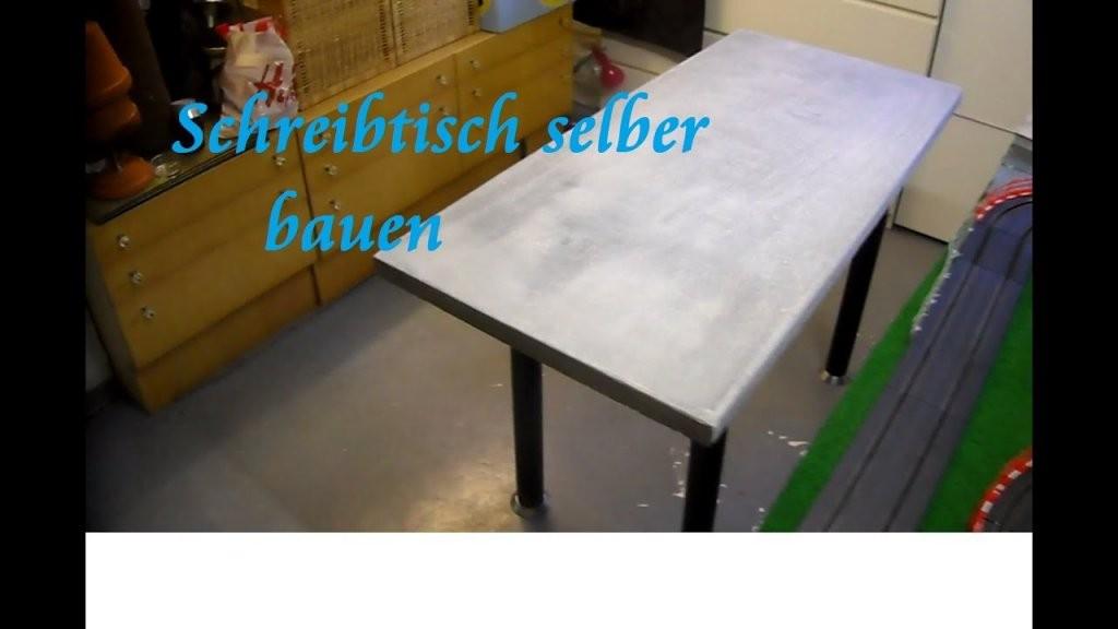 Diy Tisch Aus Paletten Und Beton Selber Bauen Beton Schreibtisch von Couchtisch Beton Selber Machen Bild