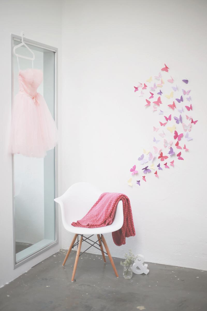 Diy Tonkarton Schmetterlinge Als Wanddekoration von Schmetterlinge Wanddeko Selber Machen Photo