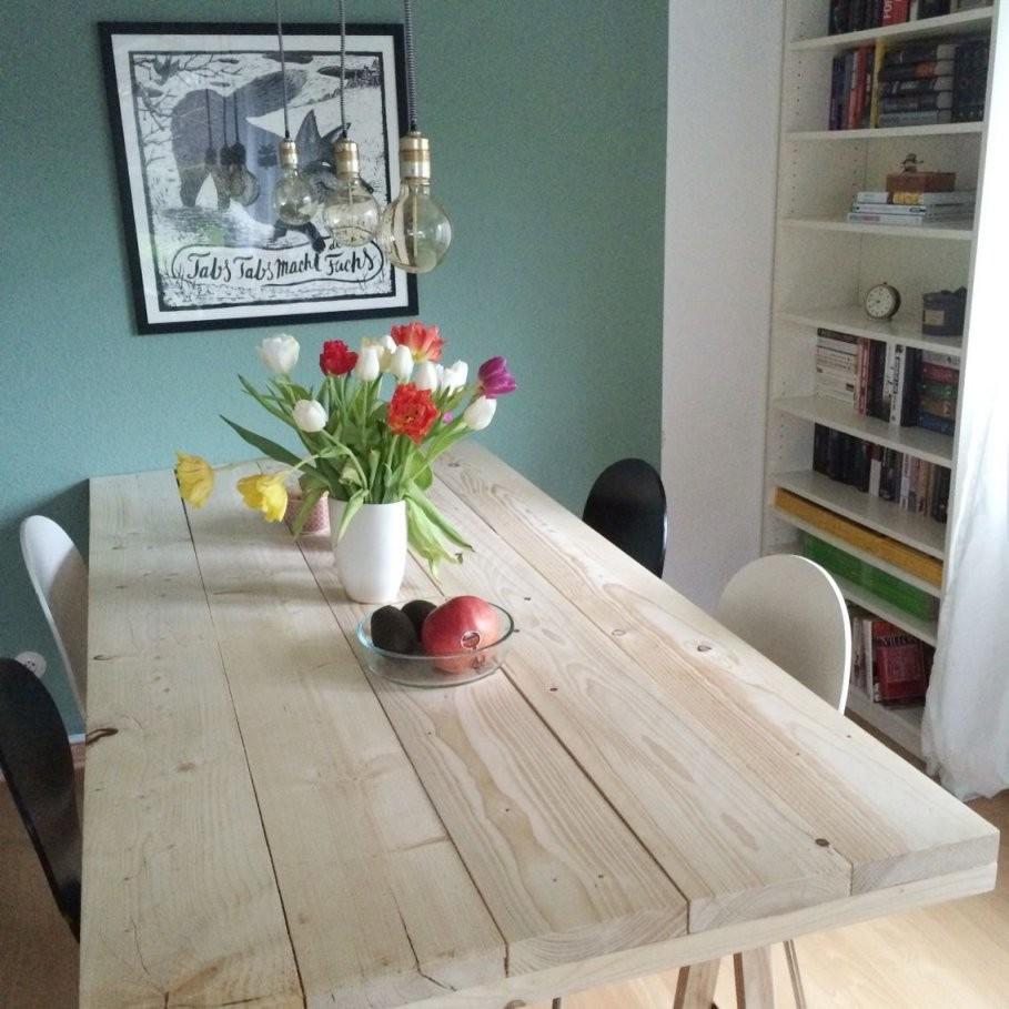 Diyprojekt Ein Tisch Aus Baudielen  Garten  Baudielen Diy von Rustikaler Holztisch Selber Bauen Bild