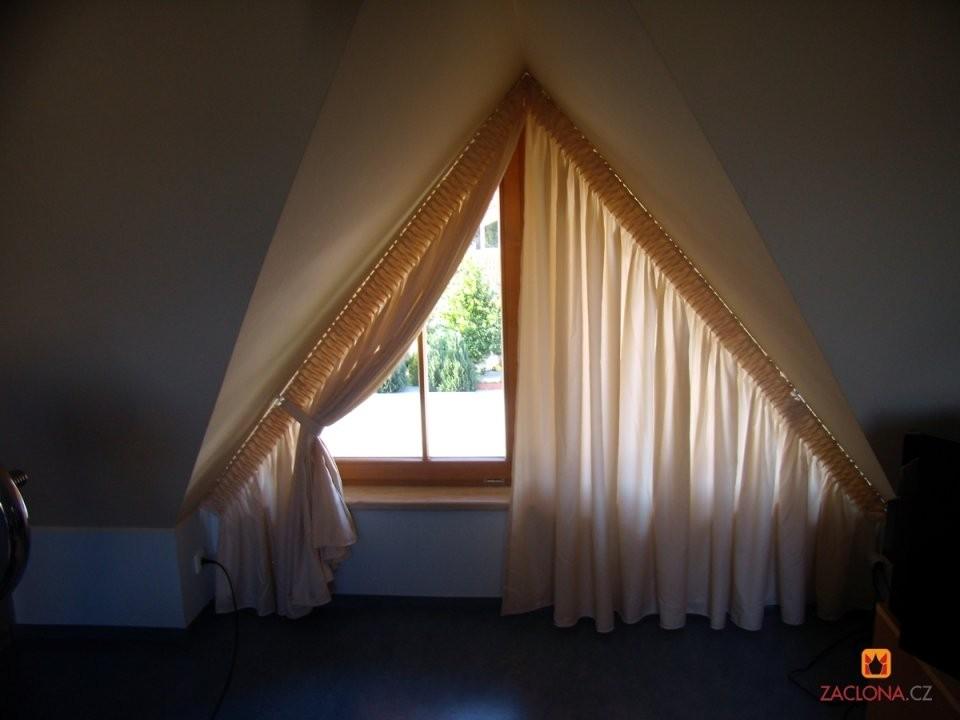 Dreieckfensterdekoration  Heimtex Ideen von Gardinen Ideen Für Schräge Fenster Bild