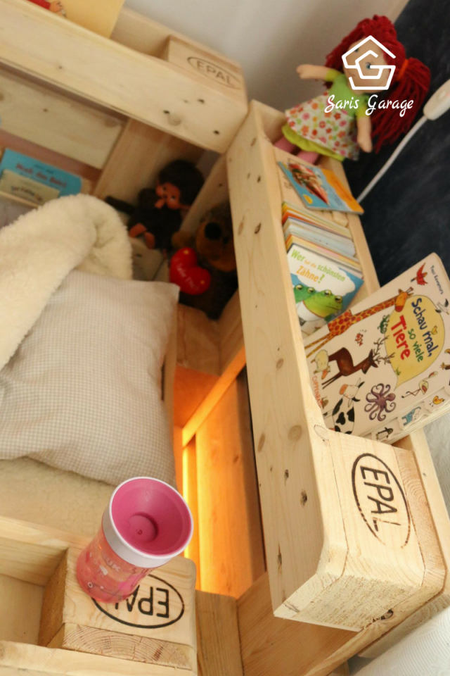 ᐅ Palettenbett Für Kinder  Kinderbett Aus Europaletten In 2019 von Podest Bett Aus Paletten Bild