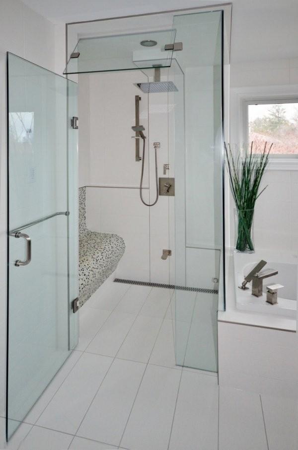 Ebenerdige Dusche In 55 Attraktiven Modernen Badezimmern von Begehbare Dusche Mit Sitzbank Photo