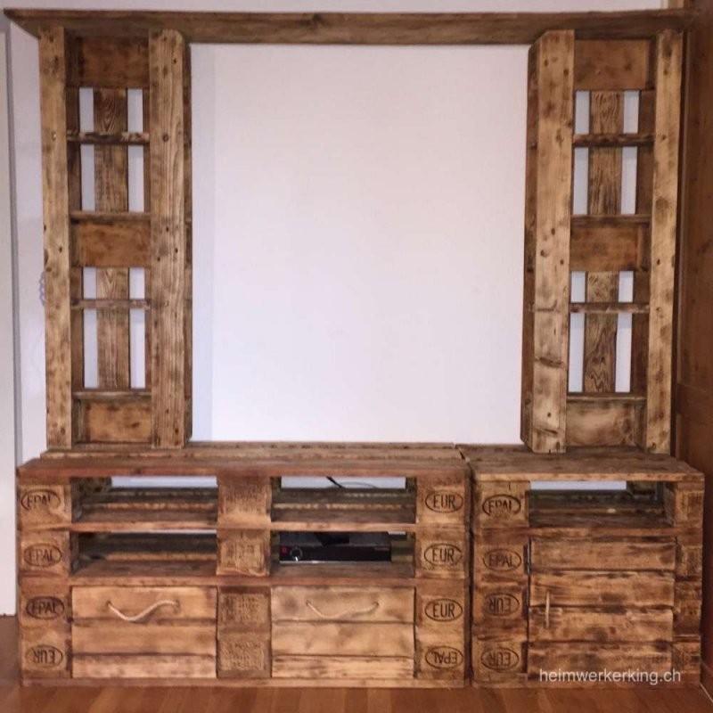 Ein Tv Möbel Aus Paletten Selber Bauen  Heimwerkerking von Tv Bank Aus Paletten Bild