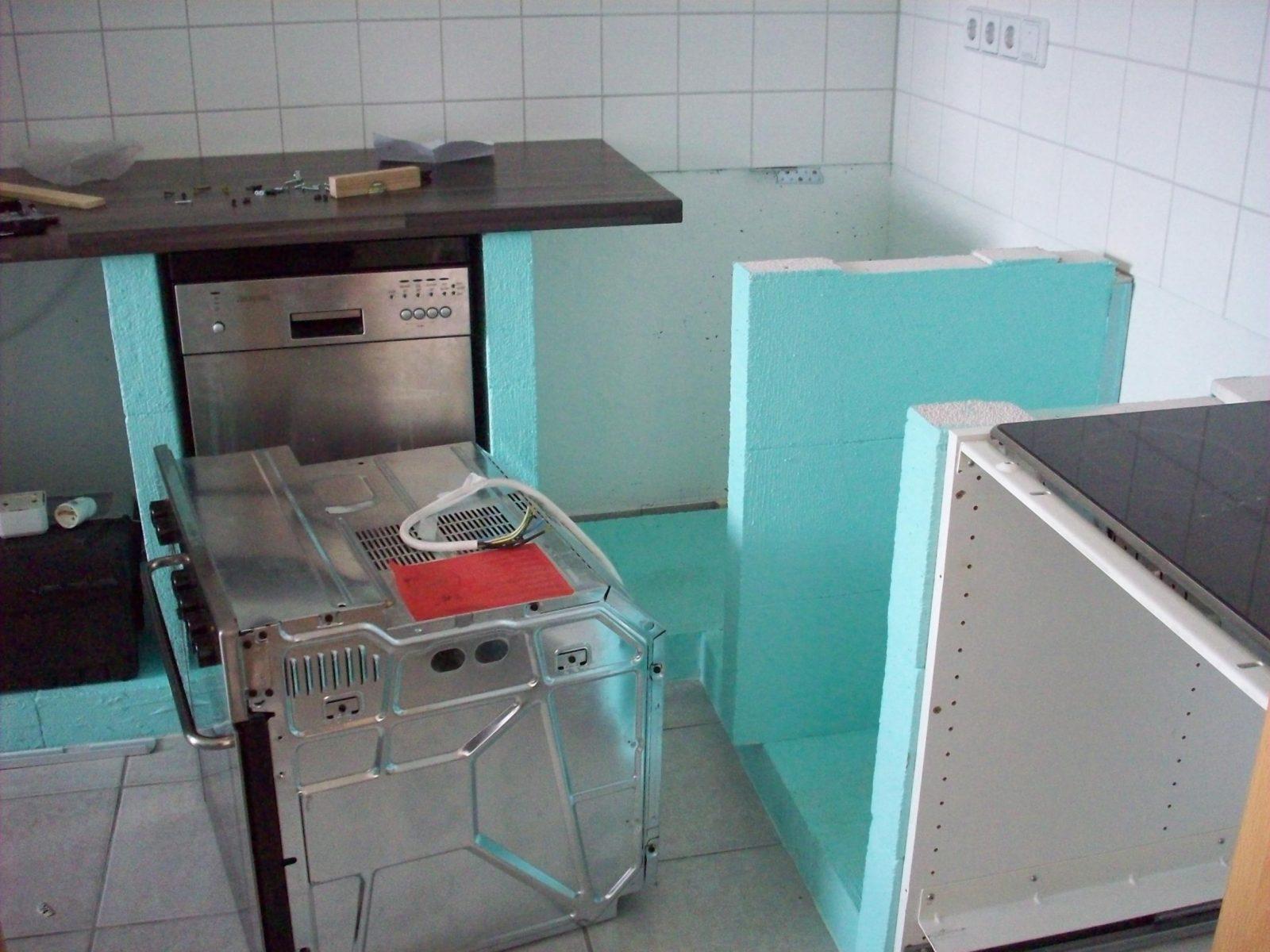 Eine Küche Aus Stein  Zentimetergenau von Schrank Für Einbauherd Selber Bauen Photo