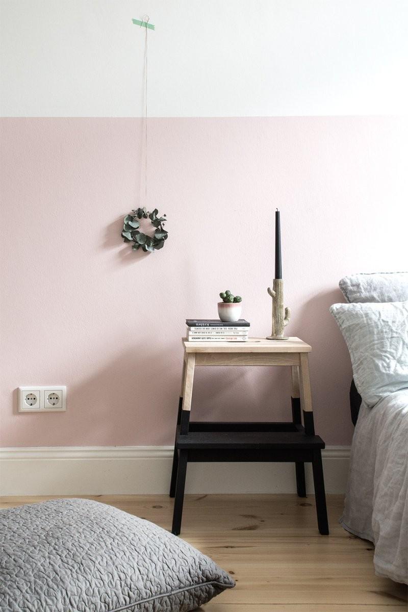 Eine Rosa Wand Für Das Schlafzimmer Neue Bettwäsche Aus Leinen Avec von Wand Streichen Muster Abkleben Photo