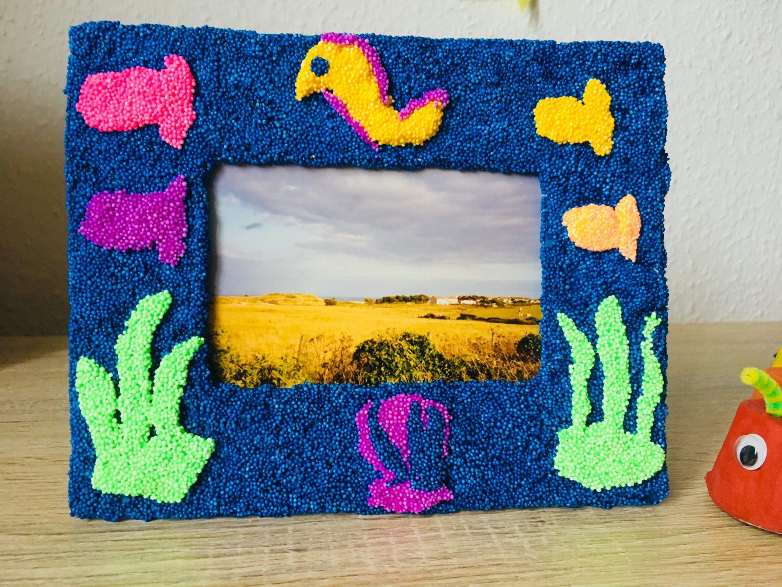 Einen Bilderrahmen Selbst Gestalten  Kreativ Mit Kindern  Der von Kreative Bilder Selbst Gestalten Bild