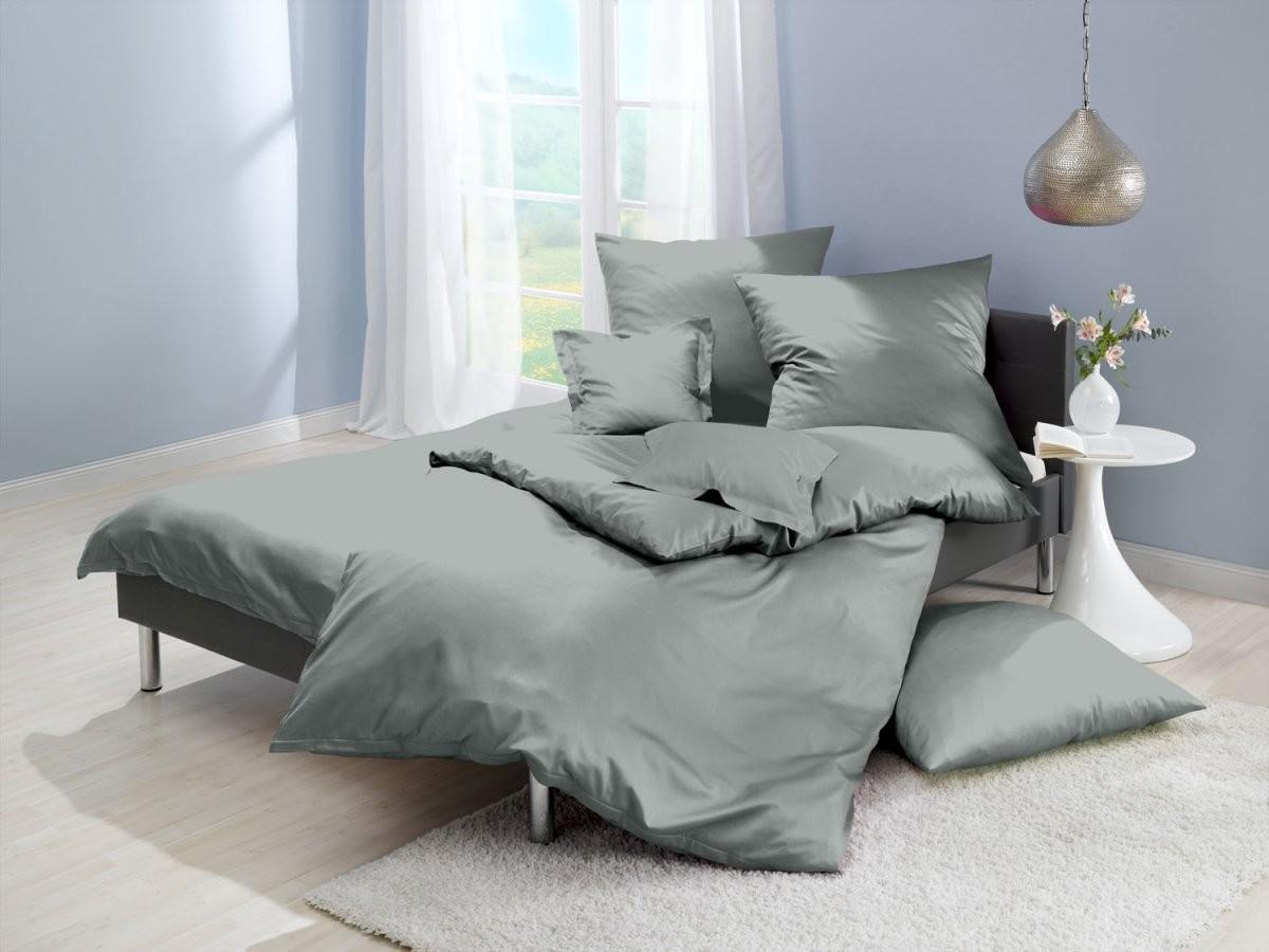 Einfarbige Bettwäsche Grau  Bettwaeschemitstil von Bettwäsche Mako Satin Grau Photo