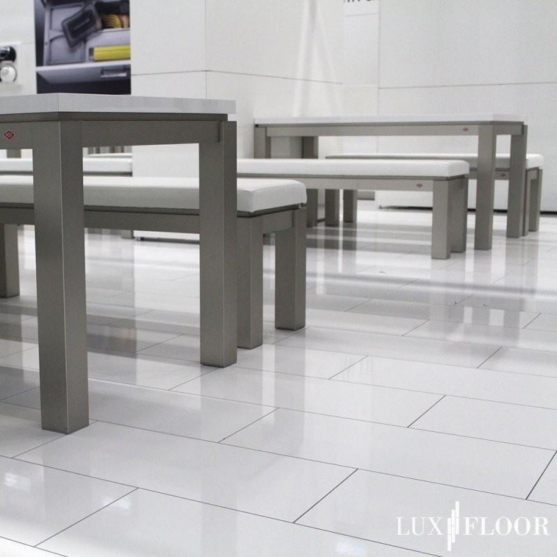 Exklusives Hochglanz Laminat Bodenbelag Zu Besten Preisen  Luxfloor von Laminat Weiß Hochglanz Ohne Fuge Bild
