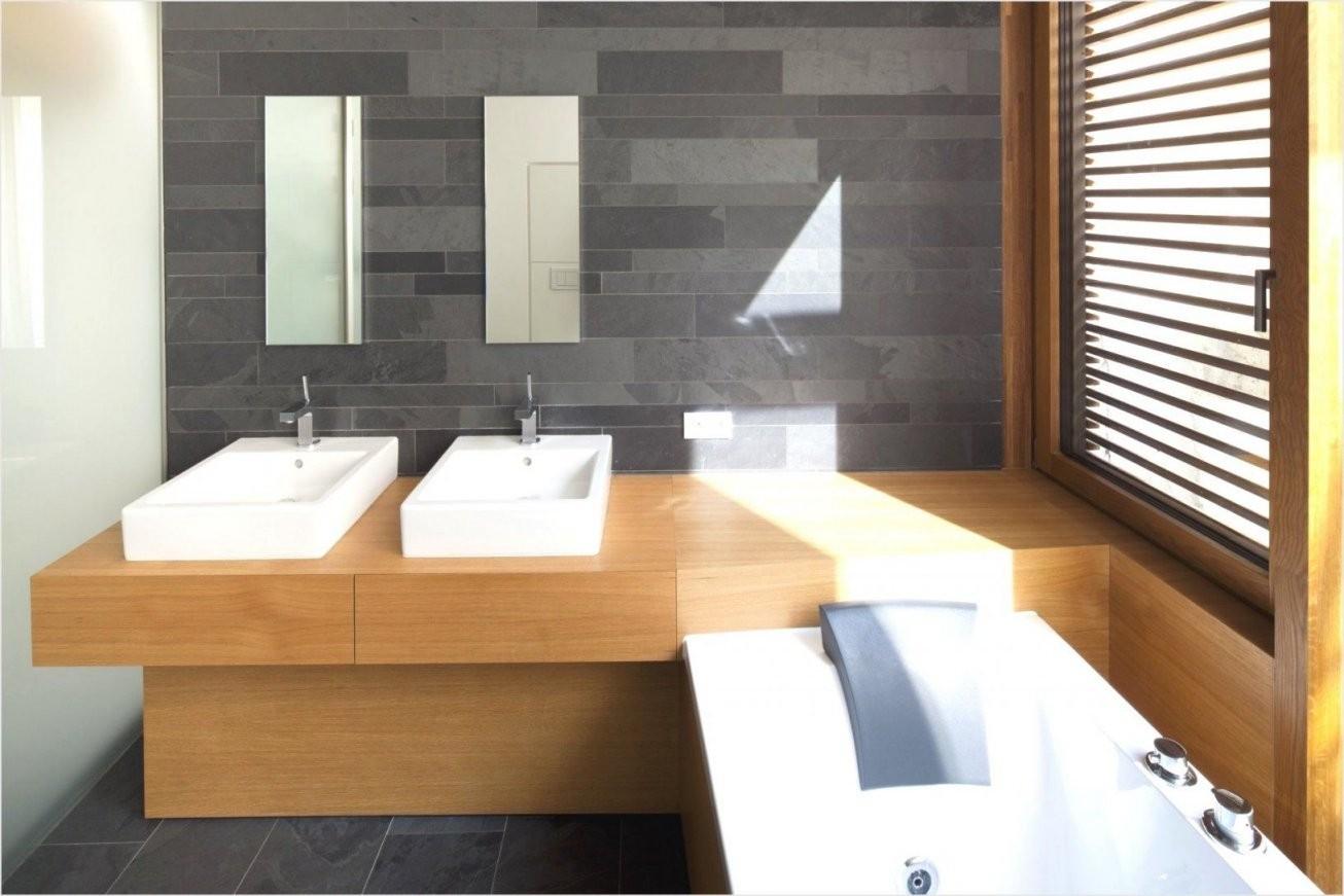 Fabelhafte Badezimmer Anthrazit Holz Home Design Bad Aus Holz Von von Badewanne In Holz Einfassen Bild