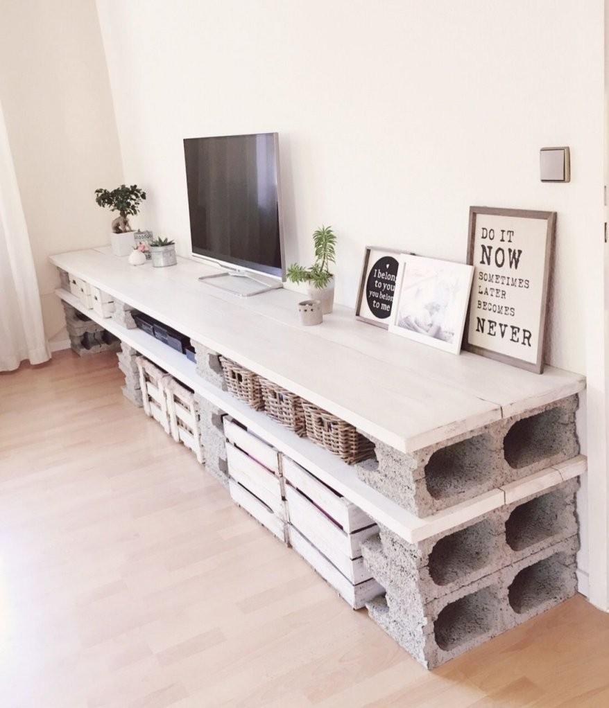 Fast Fertig In 2019  Room  Lowboard Möbel Aus Paletten Und Möbel von Tv Lowboard Selber Bauen Bauanleitung Bild