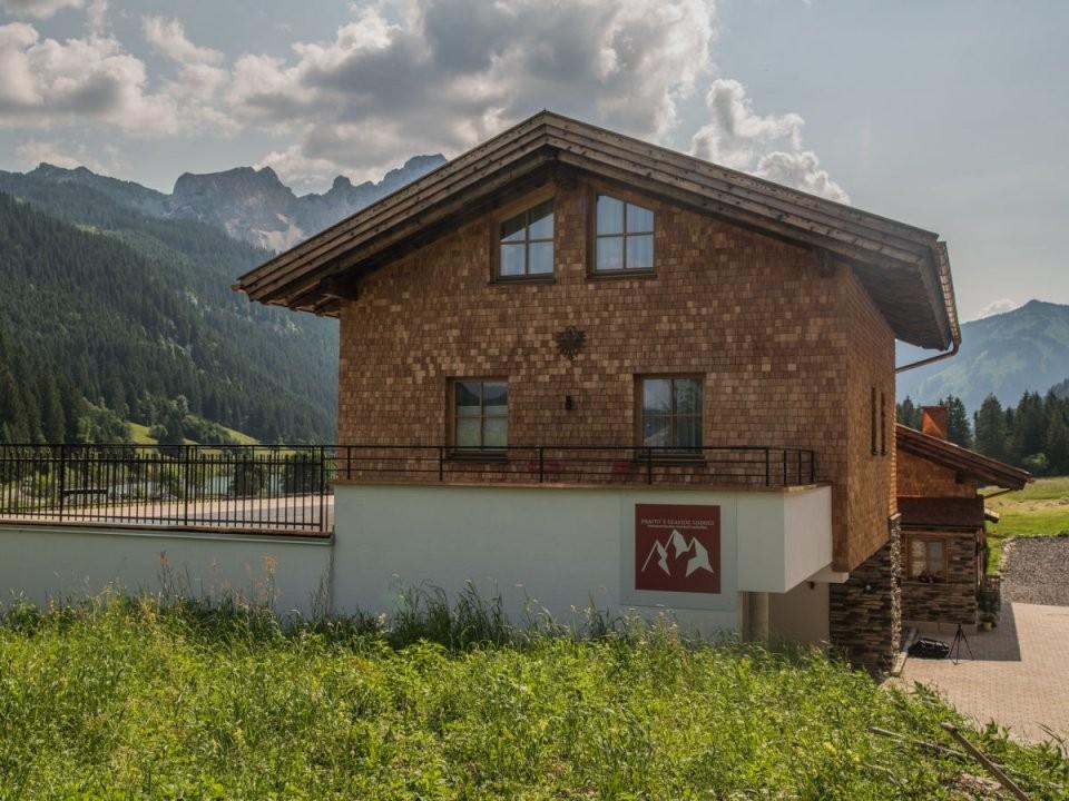 Ferienhaus Felixe´s Lodge Grän Firma Braito´s Seaside Lodges von Haus Kaufen Tannheimer Tal Photo