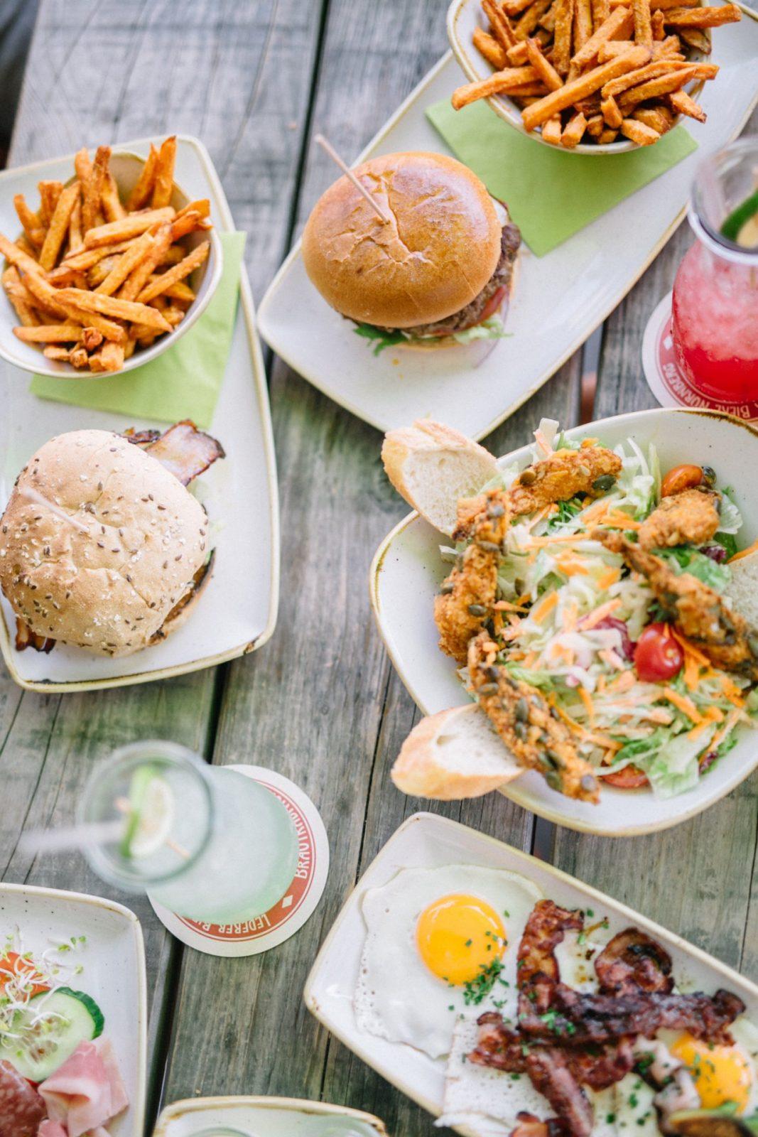Five Diner Nuremberg – Breakfast Burger  Salads  Chic Choolee von Five Diner Nürnberg Speisekarte Photo