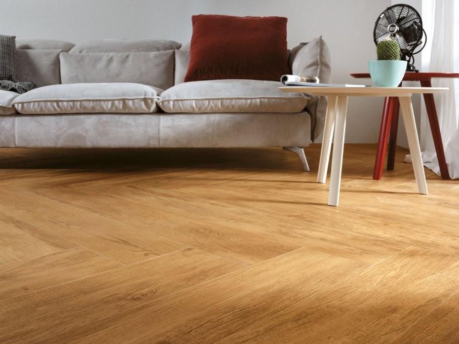 Fliesen Holzoptik  Tipps  Infos  Fliesen Bei Jonastone Kaufen von Fliesen In Holzoptik Wohnzimmer Bild