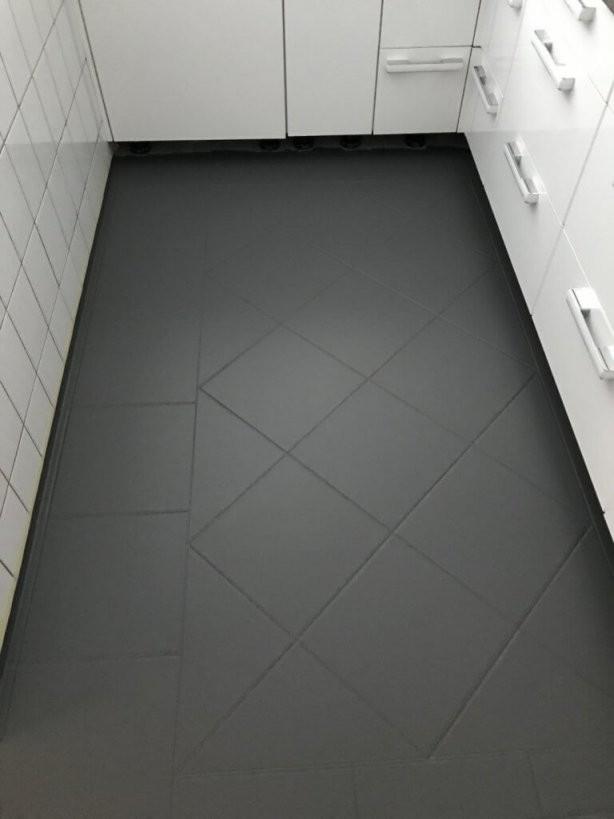 Fliesen Streichen Mit Kreidefarbe  Misspompadour von Kann Man Fußboden Fliesen Streichen Bild