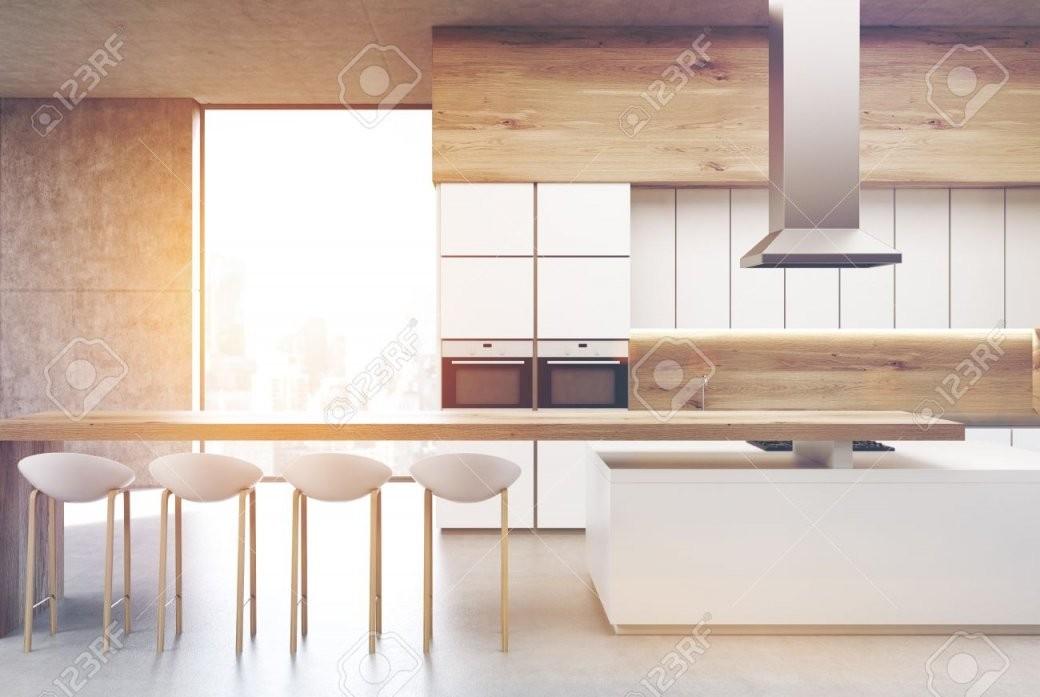 Frontansicht Einer Küche Mit Zwei Eingebauten Backöfen Einer Reihe von Küche Mit Integriertem Tisch Photo