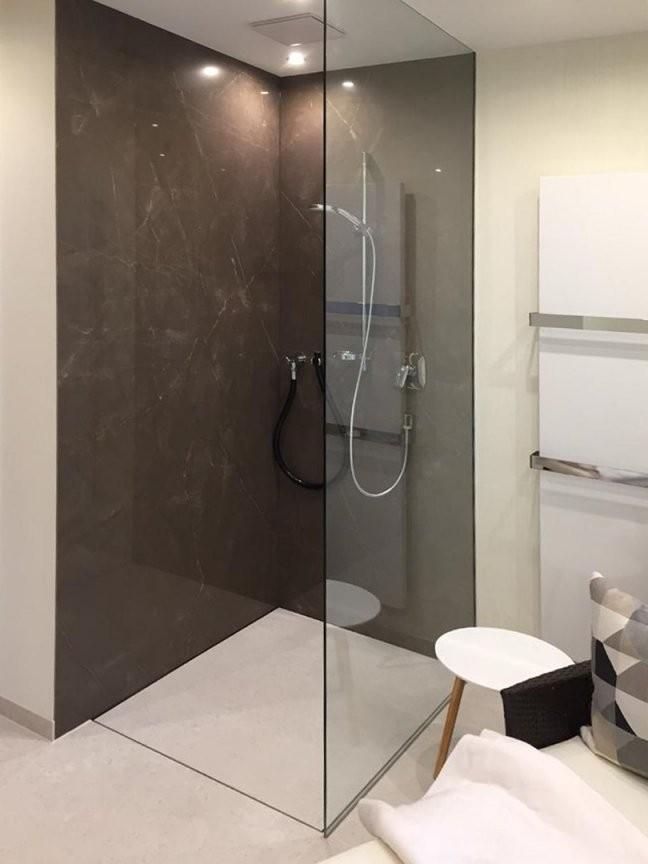 Fugenlose Duschen  Pflegeleicht Und Puristisch  Baqua von Dusche Wandverkleidung Ohne Fugen Photo