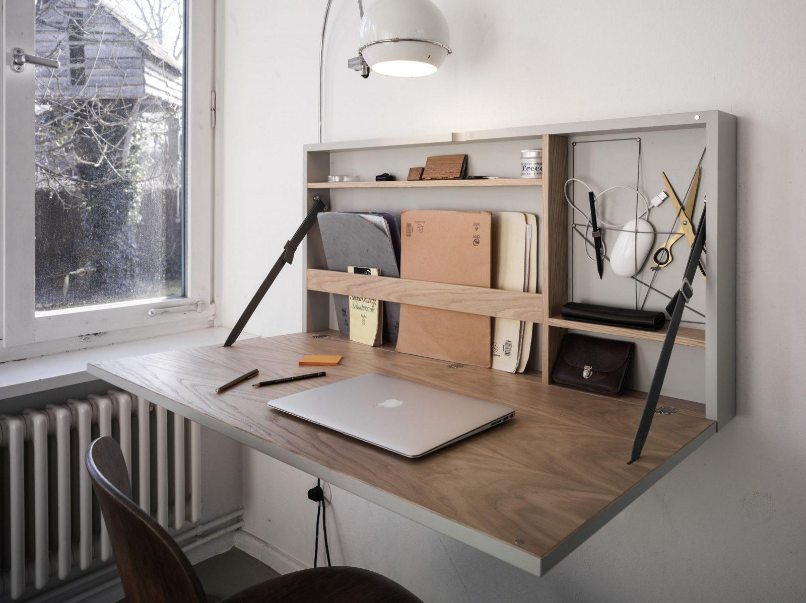 Funktional Geräumig Edeler Schreibtisch Der Platz Spart von Kleine Schreibtische Für Wenig Platz Bild