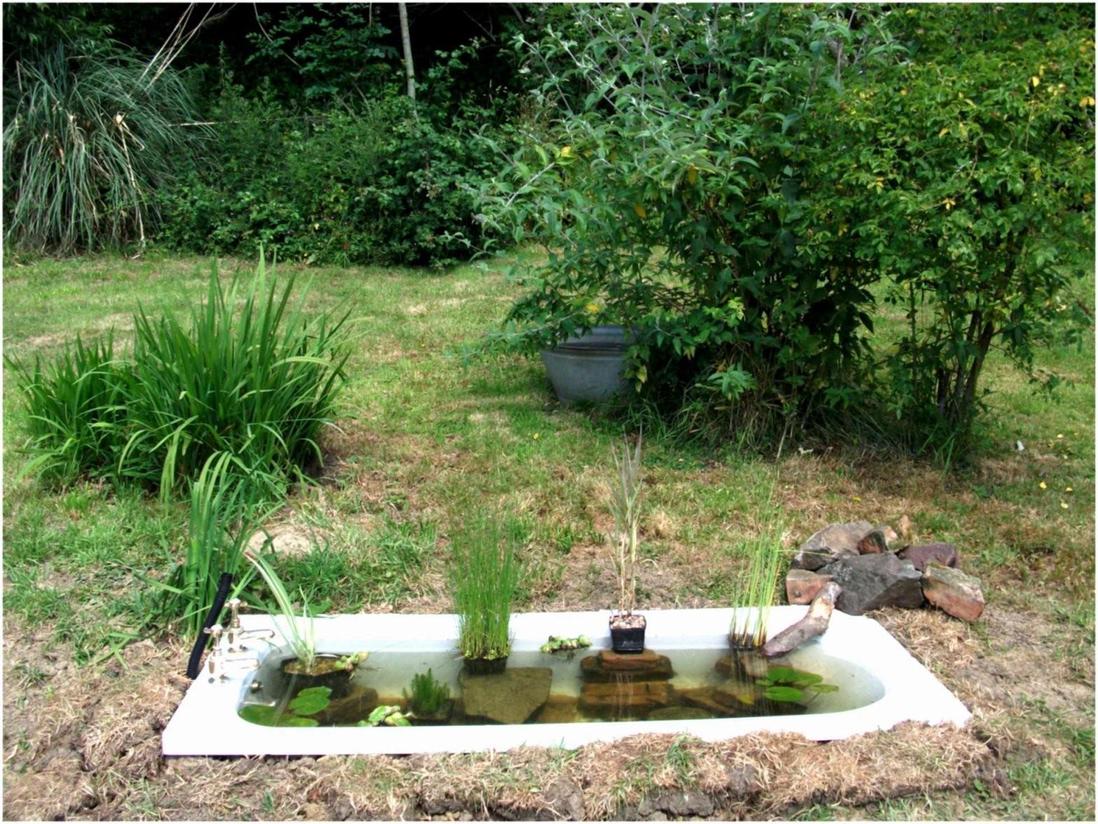 Garten Badewanne Genial 42 Genial Wasserfall Garten Bilder Stock von Badewanne Für Den Garten Photo