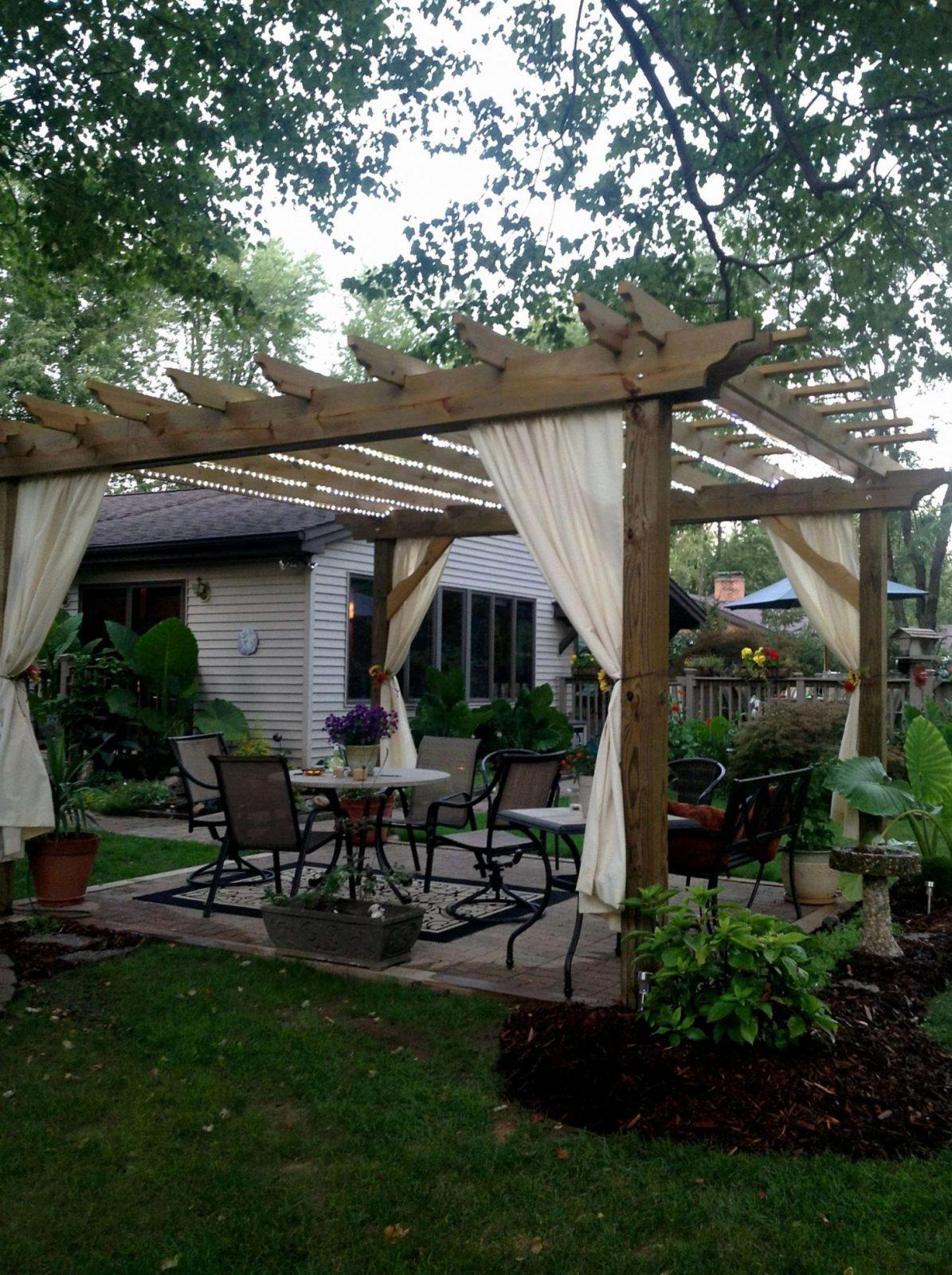Garten Sitzecke Selber Bauen Kreativität Neu Terrasse Im Garten von Feuerstelle Terrasse Selber Bauen Bild