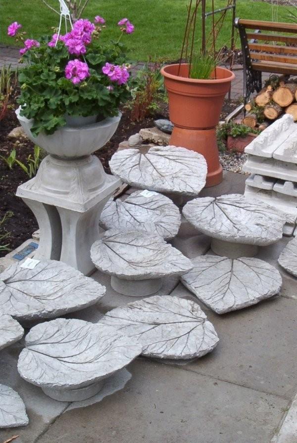 Gartendekobetonrhabarberblaetterselbstgemacht  Cosas Que Adoro von Gartendeko Aus Beton Selbstgemacht Photo