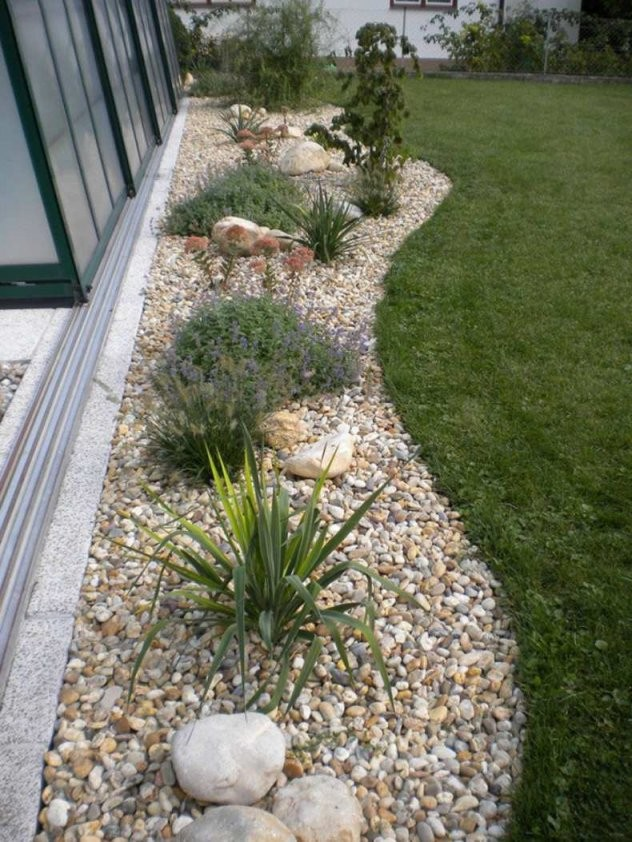 Gartengestaltung Mit Steinen Und Gräsern  Wohndesign von Gartengestaltung Mit Gräsern Und Kies Bild